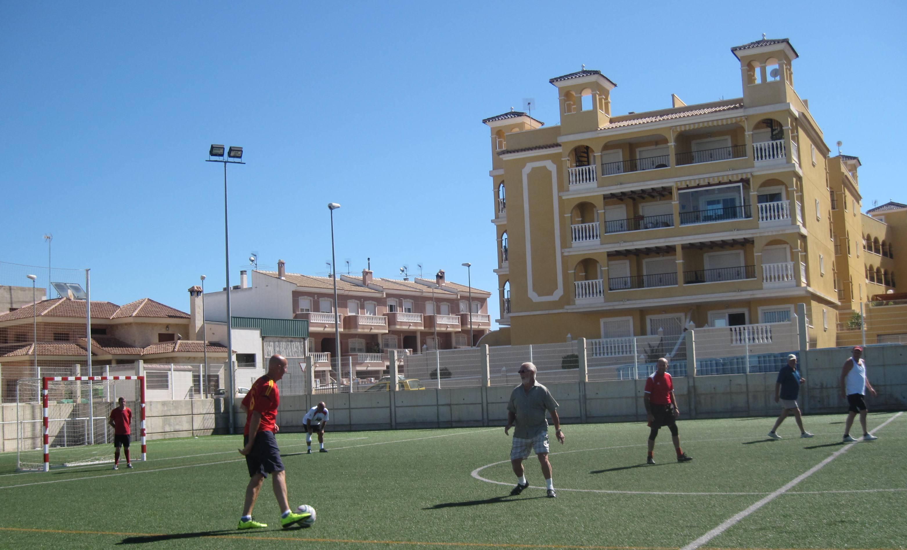 walking football 060
